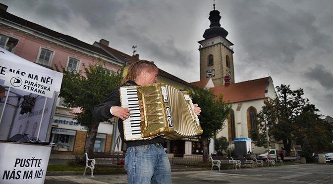 Soběslav navštívili Ivan Bartoš a Lukáš Kolářík