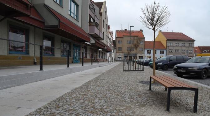 Výsledek ankety: S rekonstrukcí náměstí jsou občané spokojeni